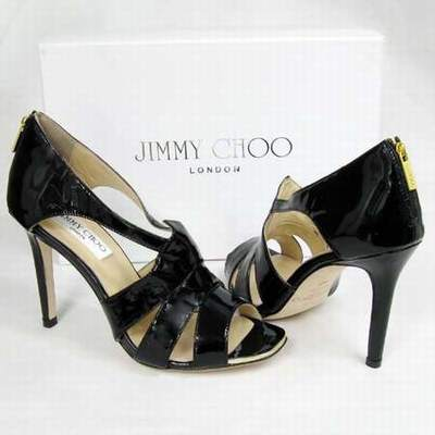 comment taillent les chaussures jimmy choo jimmy choo chaussures dentelle catalogue chaussures. Black Bedroom Furniture Sets. Home Design Ideas